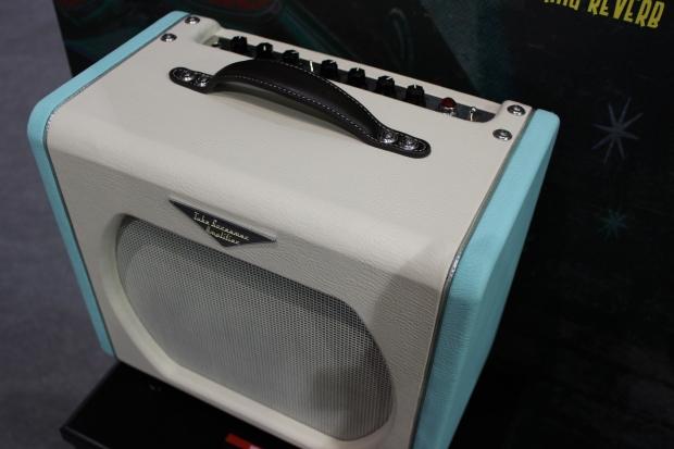 Ibanez TSA5TVR Tube Screamer Combo Amp - nowy 5W wzmacniacz lampowy z kultowym efektem w środku [Musikmesse 2014]